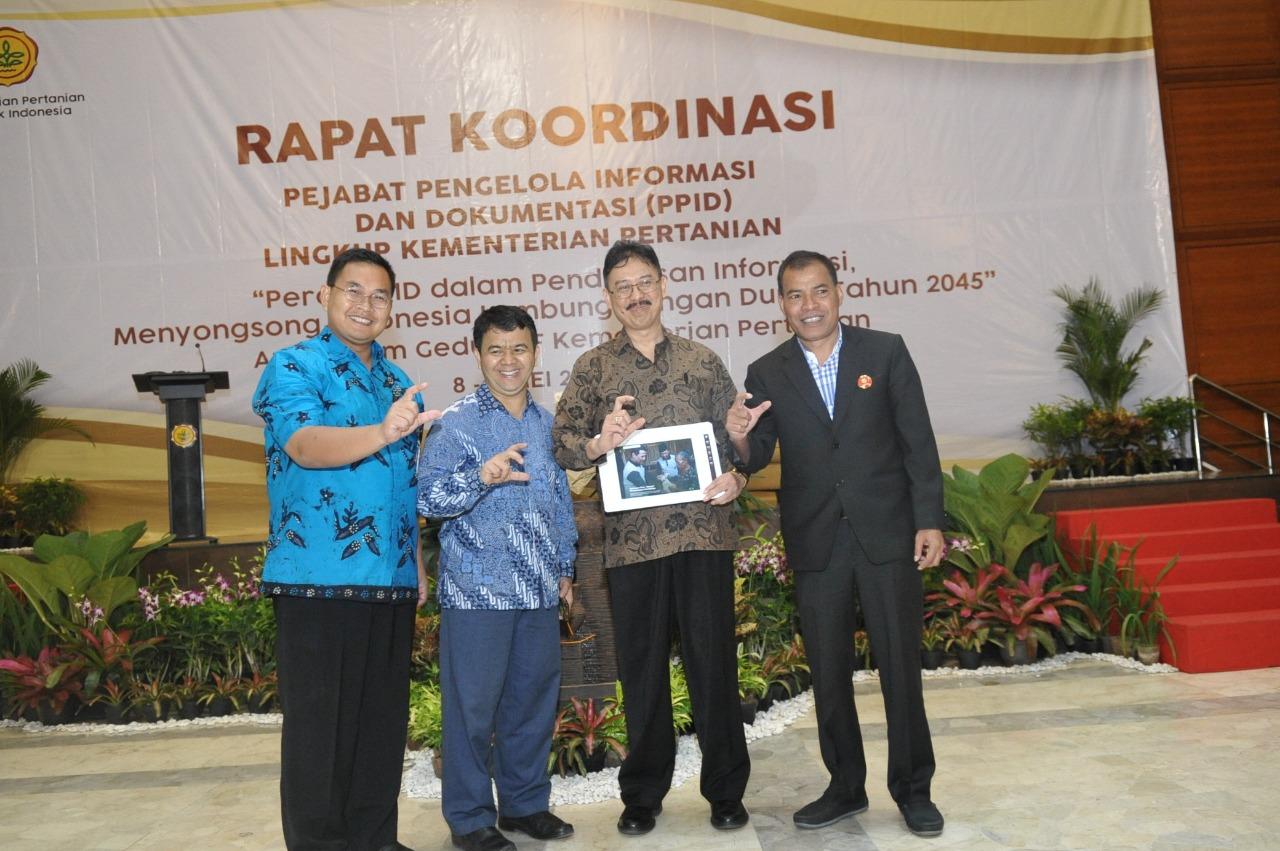 Semangat PPID Kementan dalam Penderasan Informasi Pertanian menuju Indonesia Lumbung Pangan Dunia 2045