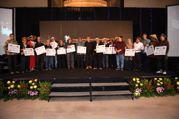Kemeriahan malam puncak Penganugrahan Keterbukaan Informasi Publik Kementerian Pertanian Tahun 2019
