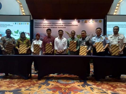 Kementerian Pertanian melakukan penandatanganan perjanjian kerjasama, sinergi dukungan program pengentasan daerah rentan rawan pangan